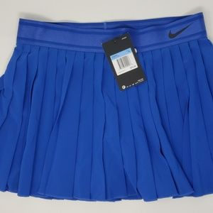 Women's Nike Tennis Skirt Size Medium